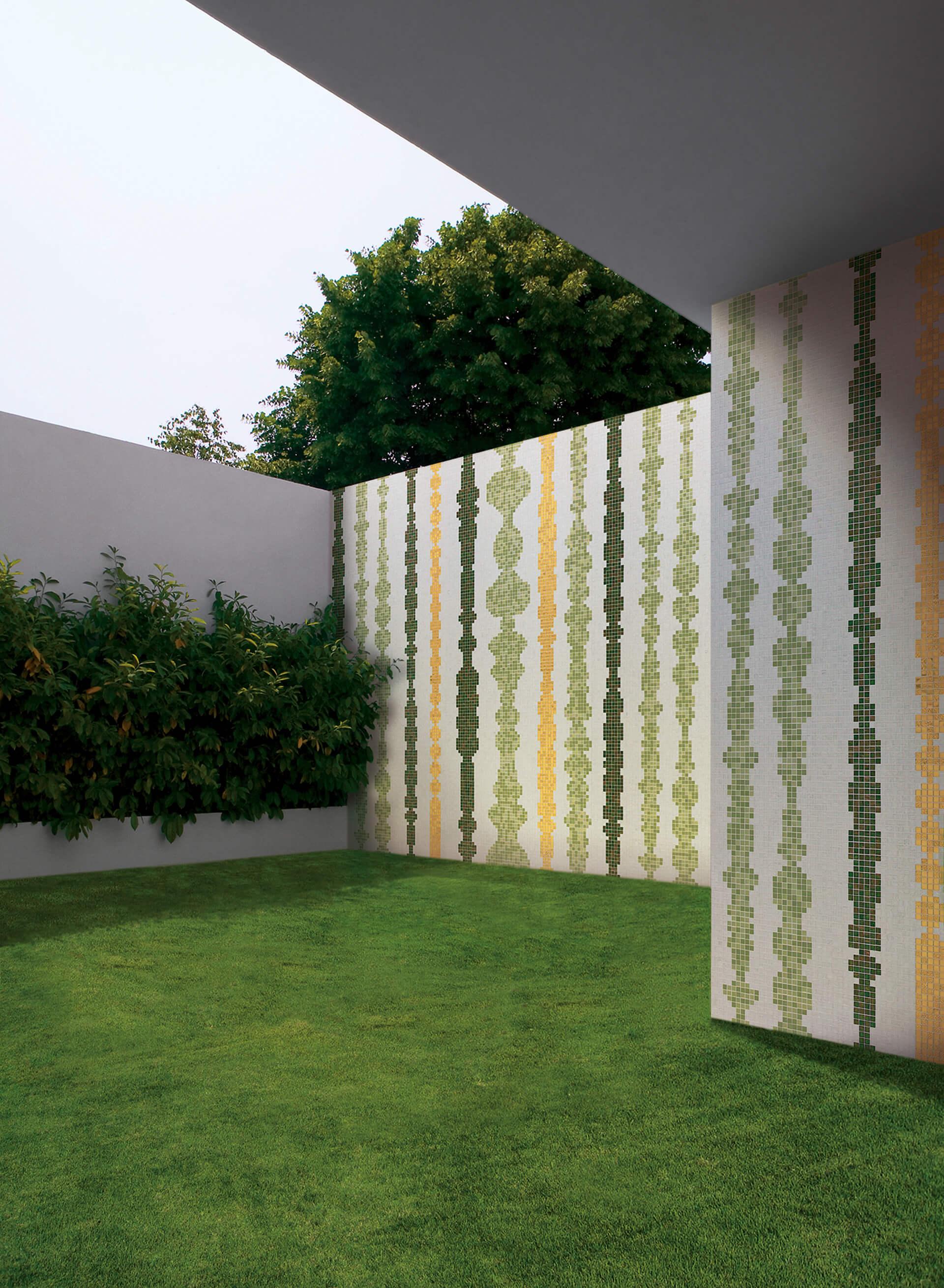 Columns Green